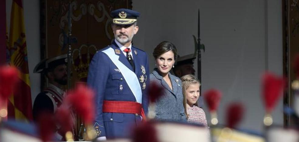Los Reyes presiden el 12-O más multitudinario de los últimos años