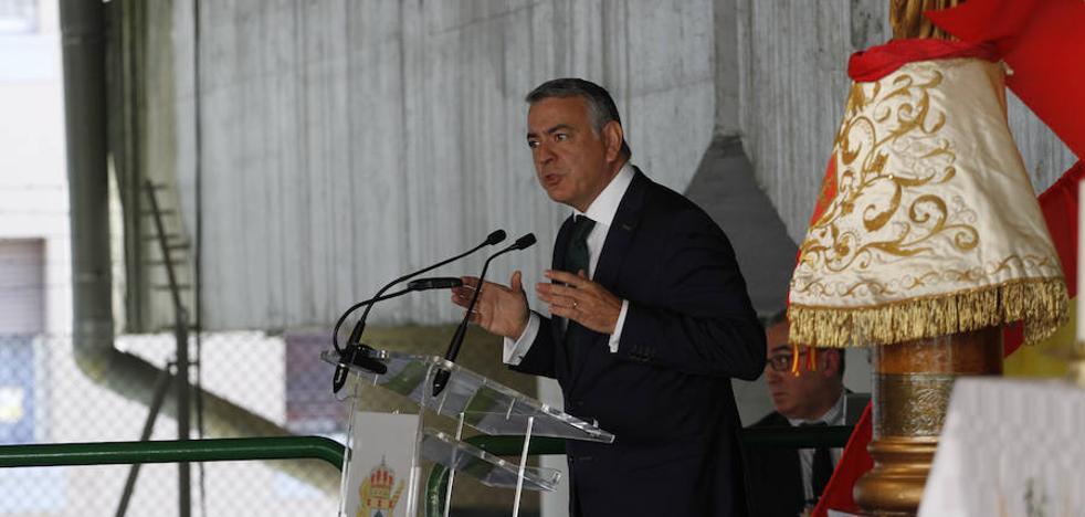 De Andrés expresa su deseo de llegar acuerdos en Cataluña y «mejorar» las leyes