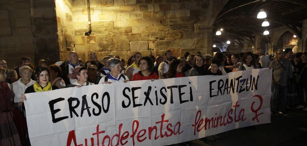 Plante contra las agresiones sexistas