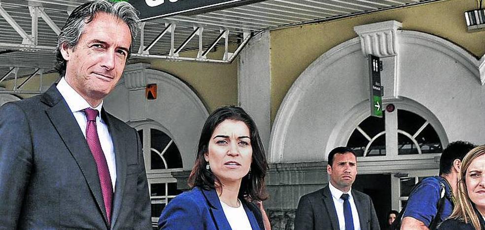 Comerón se reunirá con el ministro para el soterramiento ante la «inacción» de Urtaran
