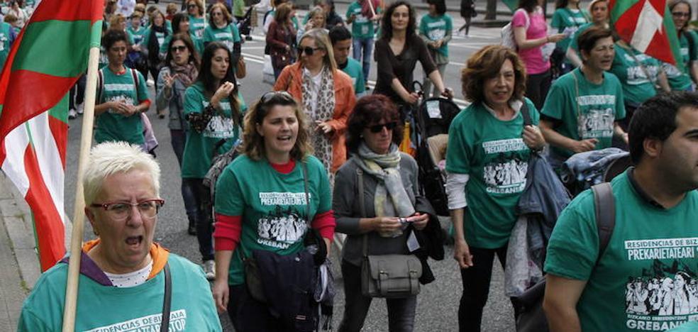 Las trabajadoras de las residencias convocan una marcha a pie de cinco días