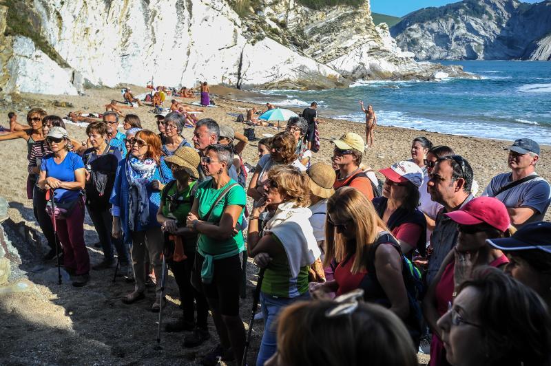 Excursión por los acantilados de Barrika