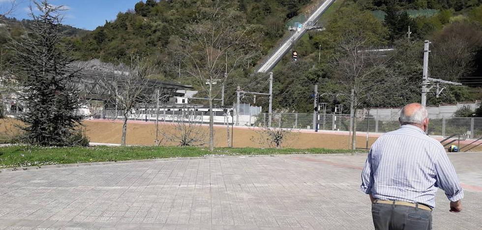 ETS arreglará un muro para reducir el ruido del metro en Etxebarri
