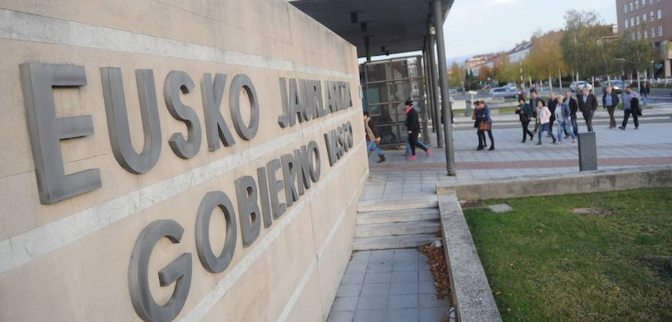 El Gobierno vasco abonará en noviembre el último cuarto de la extra suprimida en 2012