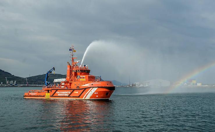 Exhibición de salvamento marítimo en Santurtzi