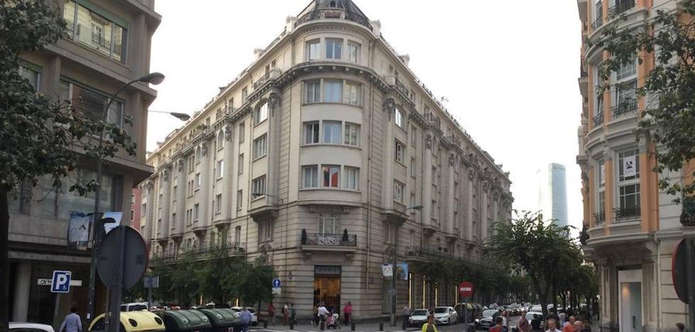 Zara sopesa el cierre de la tienda de Elcano para unificar todos los servicios en Gran Vía