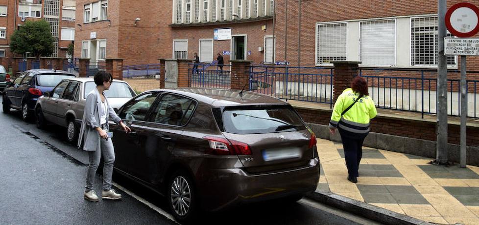 Los sanitarios de los centros de salud dispondrán de tarjeta de estacionamiento