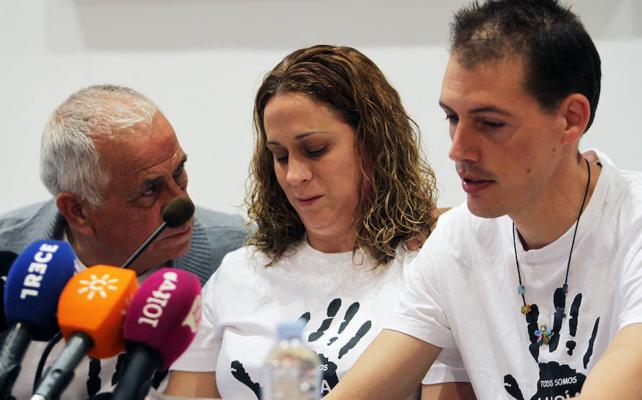 Un informe apunta a que la niña Lucía Vivar murió por un golpe antes del paso del tren