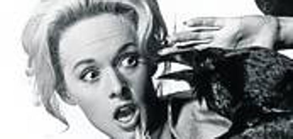 Tippi Hedren, contra los 'pájaros'