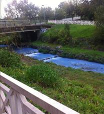 URA investiga al colegio que tiñó de azul el Gobela al pintar el patio