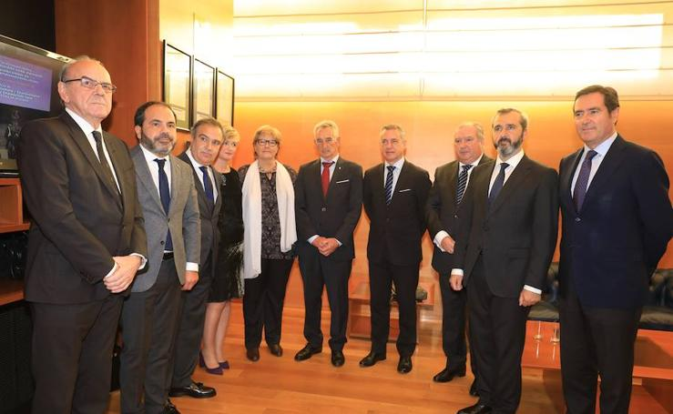 Confebask rinde homenaje a los empresarios que sufrieron el terrorismo de ETA