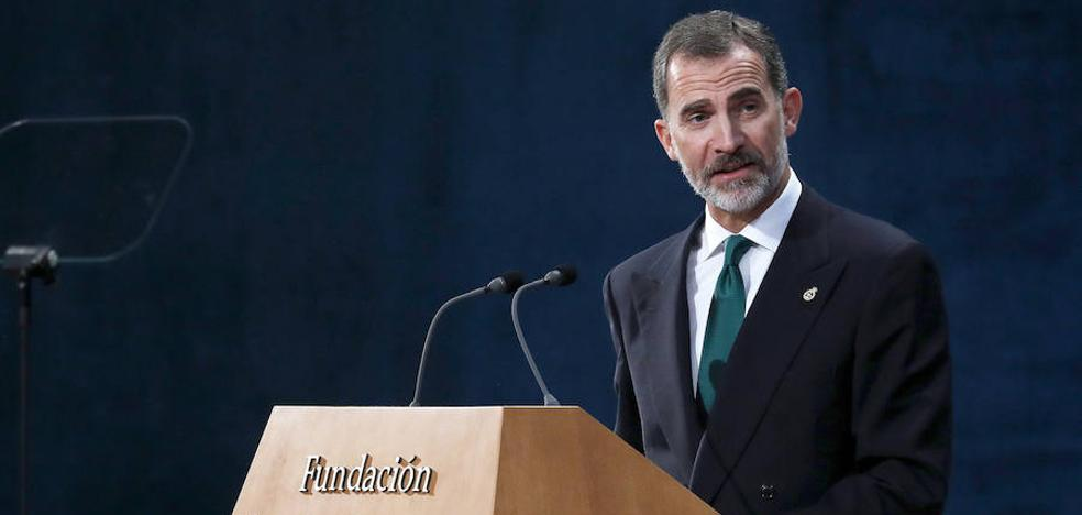 Felipe VI: «España tiene que hacer frente a un inaceptable intento de secesión»