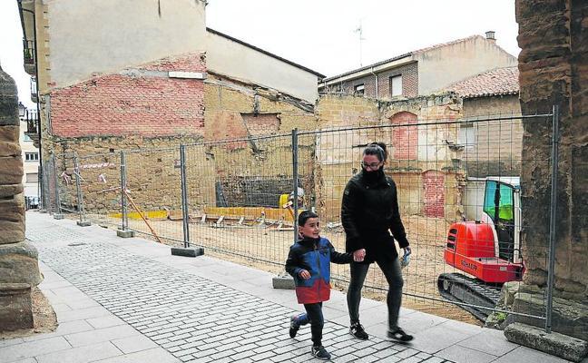 Comienzan las obras de cimentación del aparcamiento de la Calle Santiago