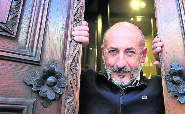 «La hostelería no puede devorar al resto del comercio»