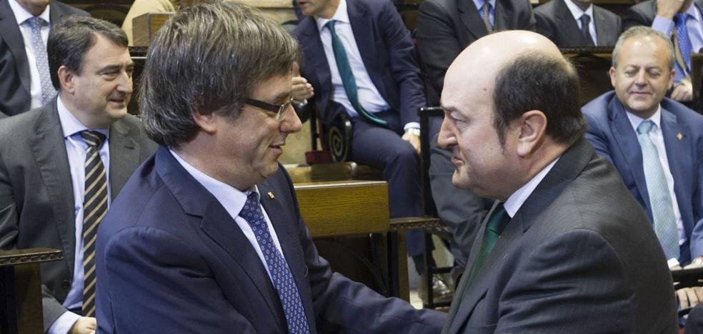Ortuzar aconseja a Puigdemont convocar elecciones si así evita el 155