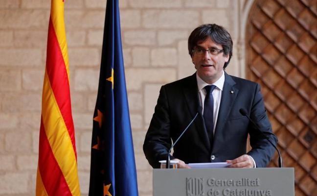 Puigdemont descarta elecciones y deja la declaración de independencia en manos del Parlament