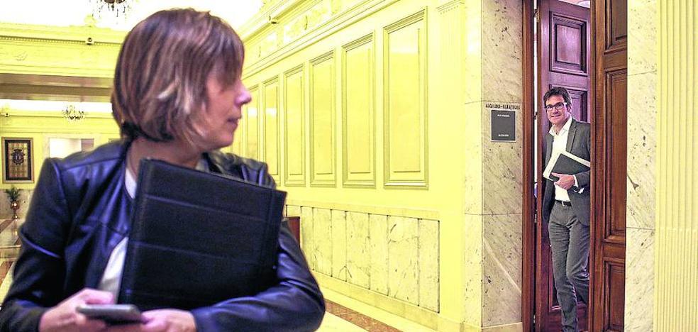 Urtaran se debate entre el PP y EH Bildu para los presupuestos