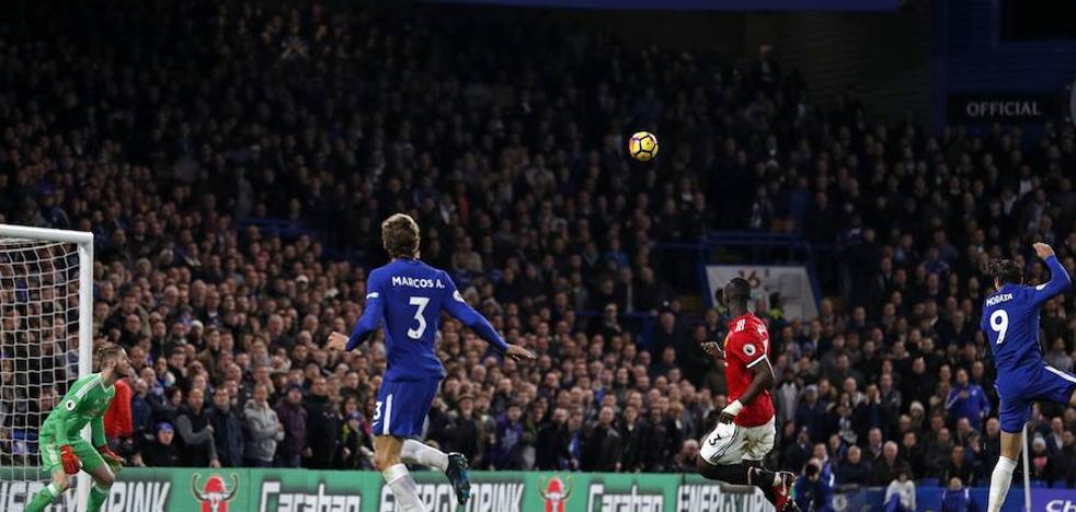 Conte se lleva el primer 'round' ante Mourinho
