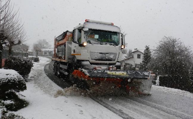 Euskadi contará con 170 quitanieves para afrontar el invierno en las carreteras
