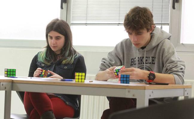 Basauri celebra el noveno campeonato de cubo de Rubik