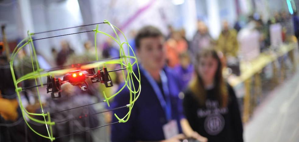 Adolescentes de Etxebarri programarán y harán volar drones