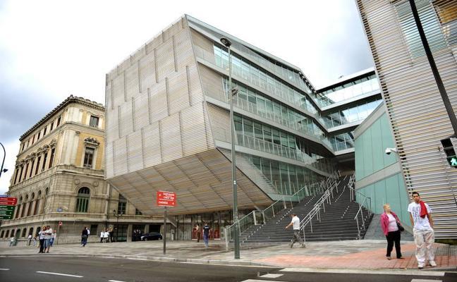 Detenido tras amenazar con un arma blanca a una trabajadora de una oficina de atención al público de Bilbao