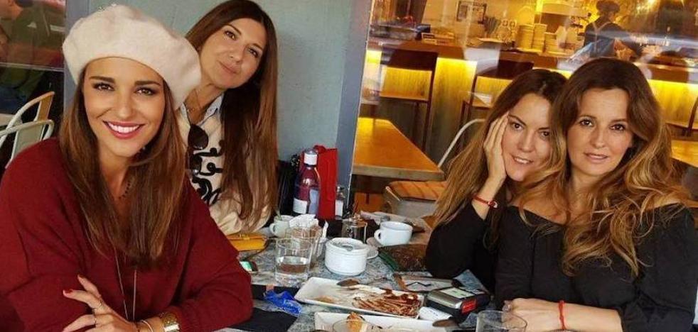 Paula Echevarría y su almuerzo con amigas por poco más de diez euros