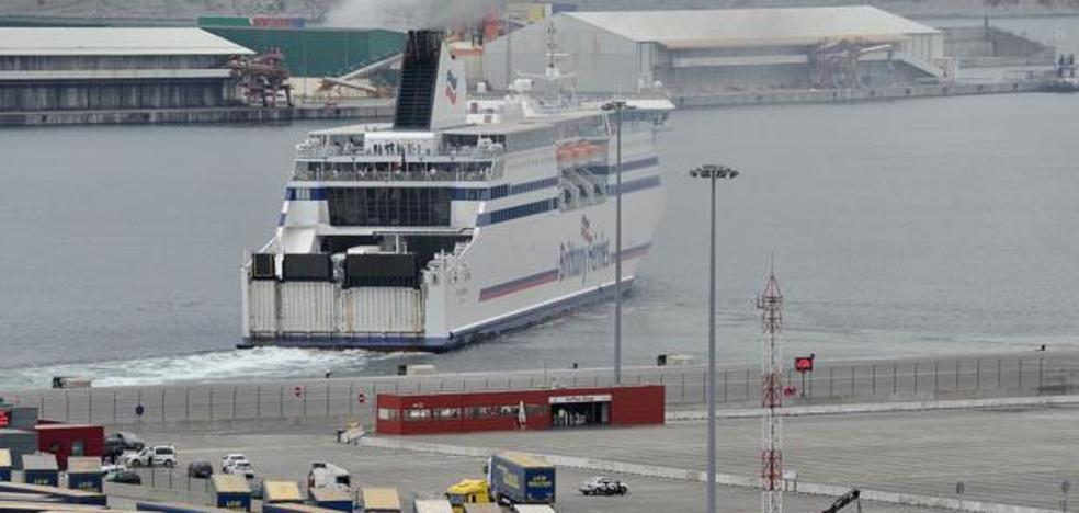 El Puerto de Bilbao justifica el muro por la necesidad de «garantizar la seguridad»