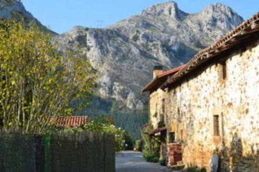 Abadiño apuesta por bonificar a los caseríos con una reducción del 50% en el IBI