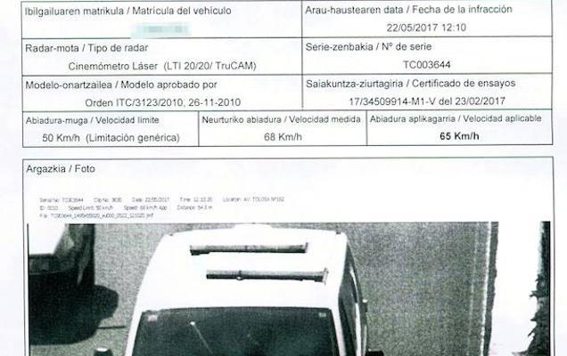 Un ertzaina tiene que asumir la multa de tráfico de un agente al que no supo identificar