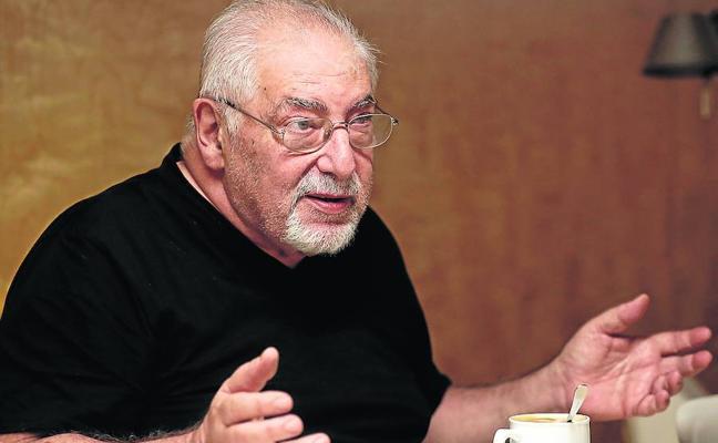 Jorge Bucay: «Mis libros no contienen ninguna respuesta, están llenos de preguntas»