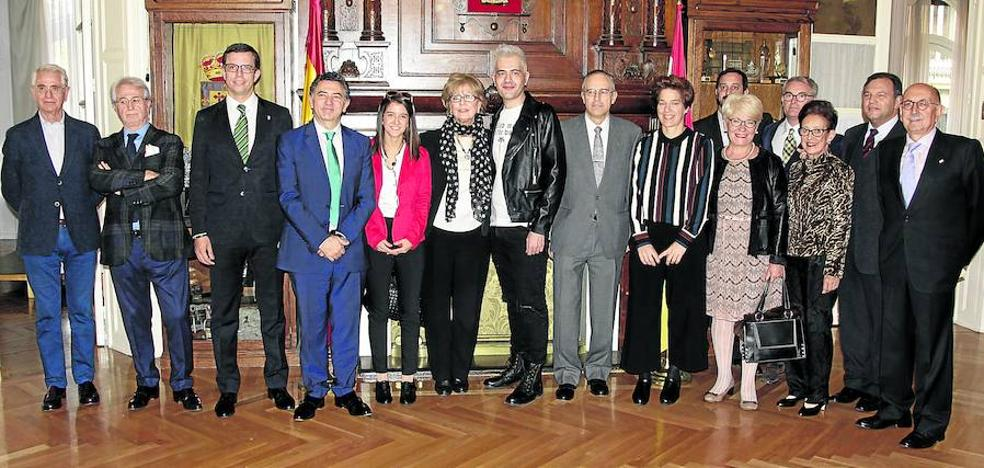 La enóloga jarrera María Vargas recibe el Premio a las Ciencias del Centro Riojano