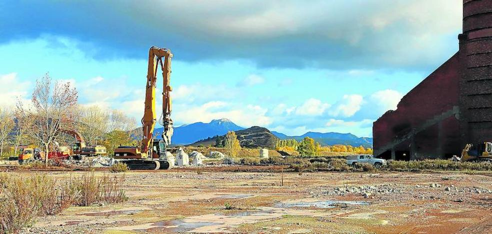 JSV inicia la construcción de una vía de 750 metros y una zona de maniobras de 20.000