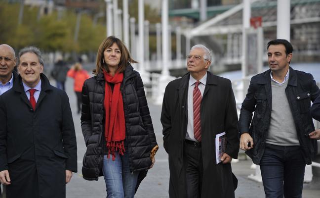 El exministro Borrell reivindica «el valor del pacto» para transformar Bilbao