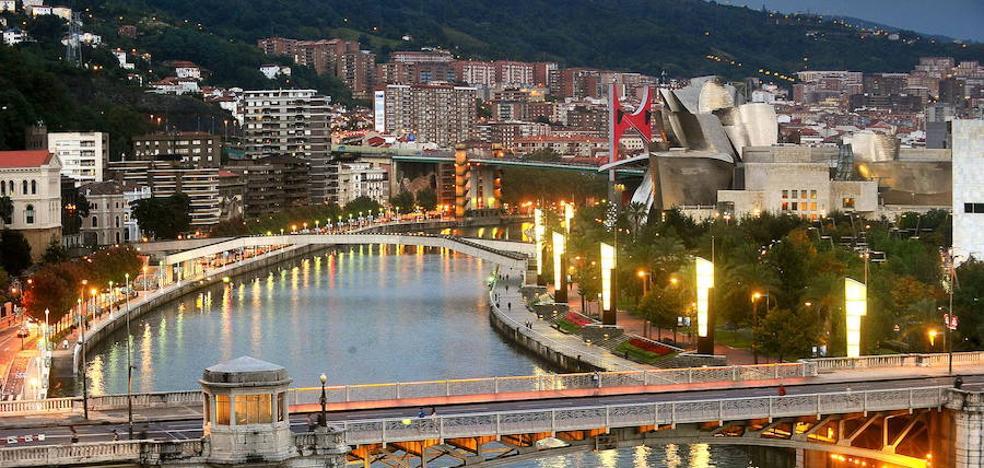 Bilbao ampl a dos horas el horario de cierre de los for Horario oficina correos bilbao