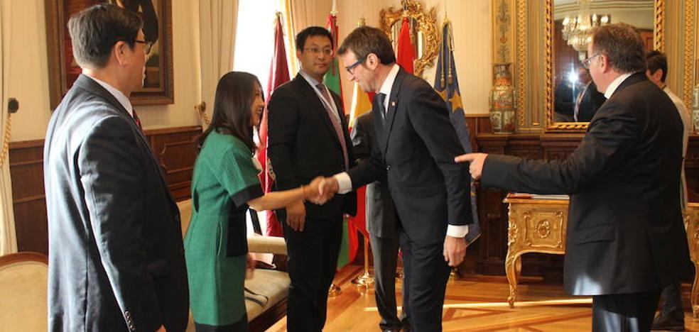 Empresarios e inversores chinos visitan Vitoria
