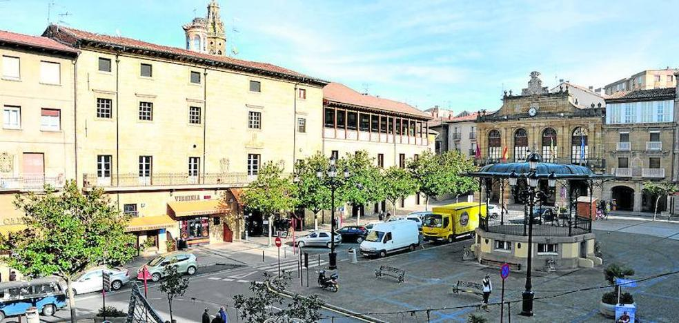 El arco del Ayuntamiento de Haro seguirá abierto «sin restricciones» a la circulación