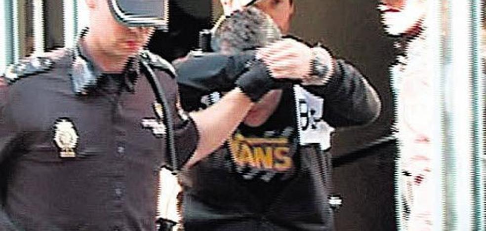 El novio de la madre de la niña muerta en Valladolid se declara inocente