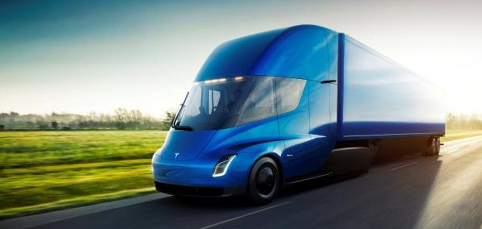 Tesla presenta un camión eléctrico con 800 km de autonomía