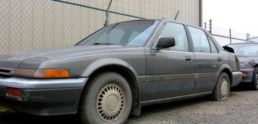 Olvida dónde aparcó su coche y lo encuentra 20 años después