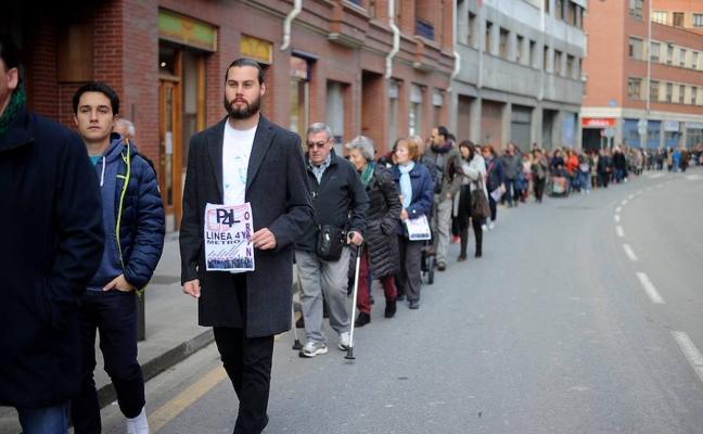 Más de 400 personas piden compromisos a las instituciones para acelerar la llegada del metro a Rekalde