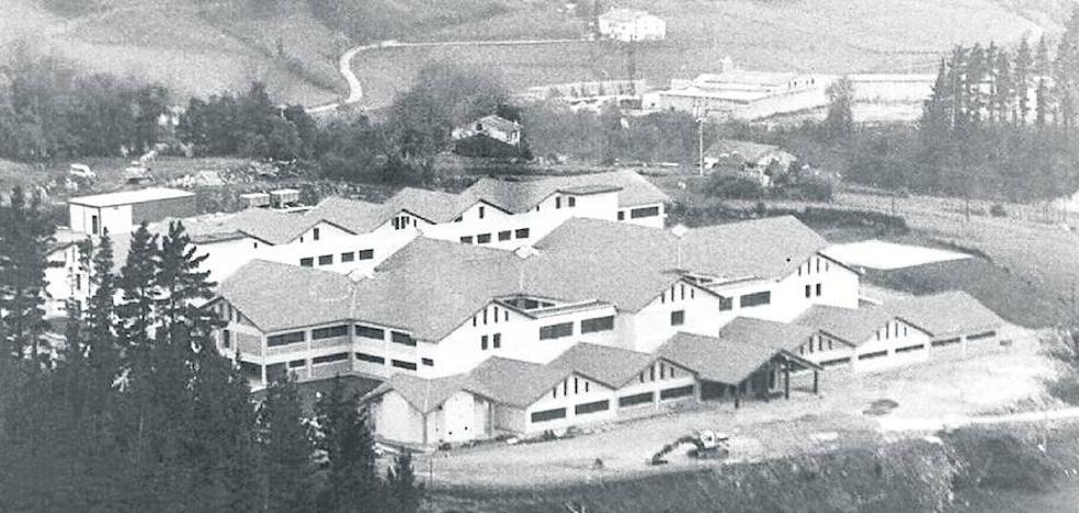 «El Hospital se construyó en Mendaro por incontestables motivos físicos y sanitarios»