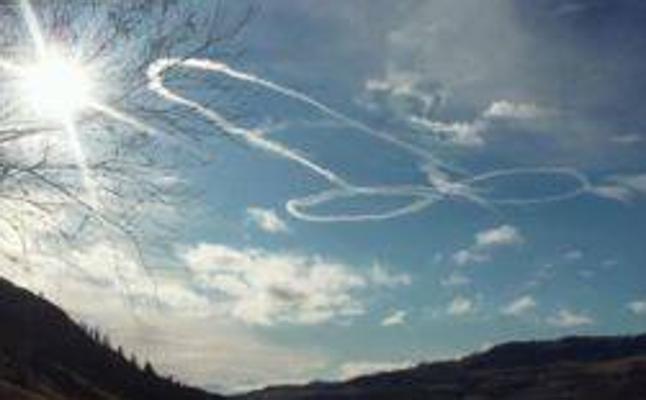 El Ejército de EE UU expedientará a un piloto por dibujar un pene en el cielo