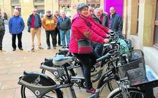 García dice que el servicio de alquiler de bicicletas impulsa «una ciudad más sostenible»