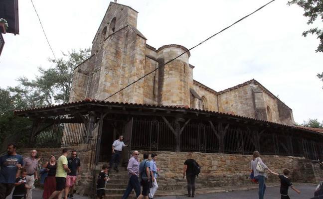 Descubren que la iglesia de Andra Mari de Galdakao data «al menos» del siglo XII