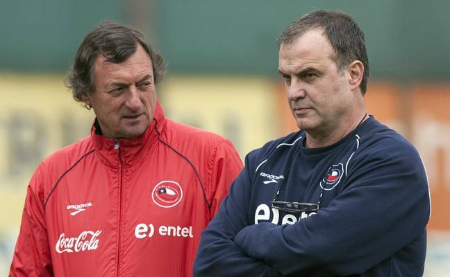 Muere de cáncer Luis Bonini, ayudante de Marcelo Bielsa en la selección de Chile