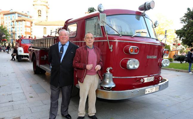 Homenajean a los bomberos que acudieron a la explosión de butano de Santurtzi en 1967