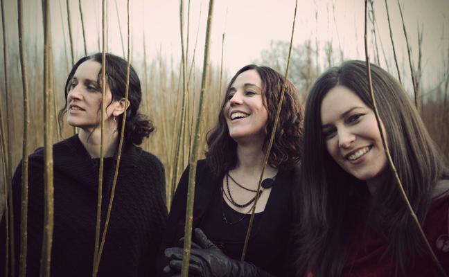 The Henry Girls: «Faltan buenas canciones políticas y morales en la música comercial»