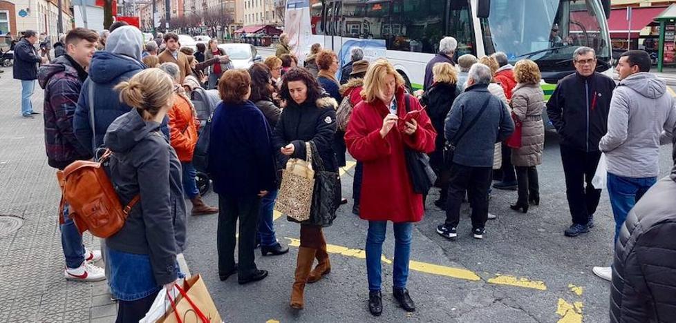Facua Euskadi pide a Metro Bilbao un «transporte alternativo» cuando se interrumpa el servicio
