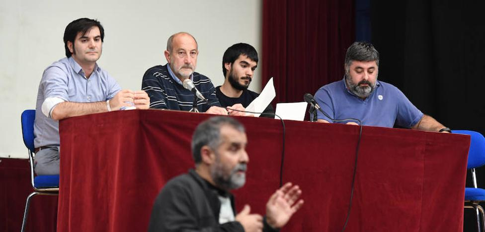 El 'no' al plan de regeneración del centro de Basauri se impone en el debate político
